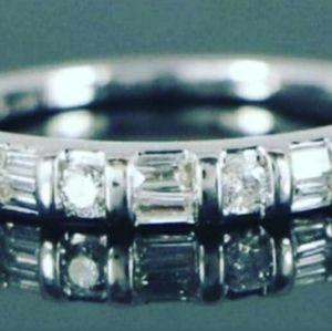 Beautiful Diamond 14k White Gold Band Ring .75ctw
